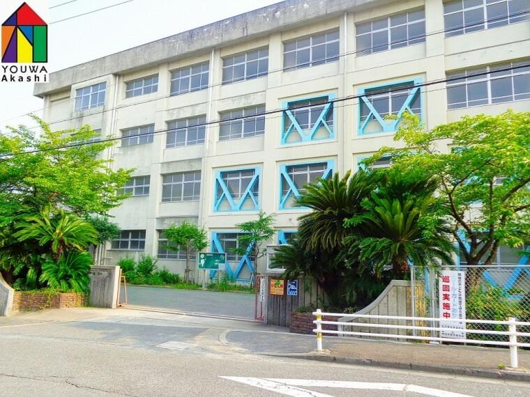 小学校 【小学校】明石市立 高丘東小学校まで527m