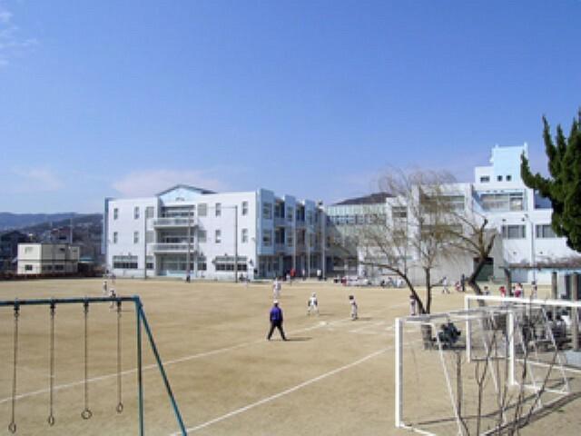 小学校 【小学校】川西市立 川西小学校まで1335m