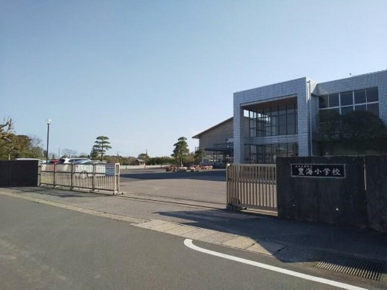 小学校 【小学校】九十九里町立 豊海小学校まで2636m
