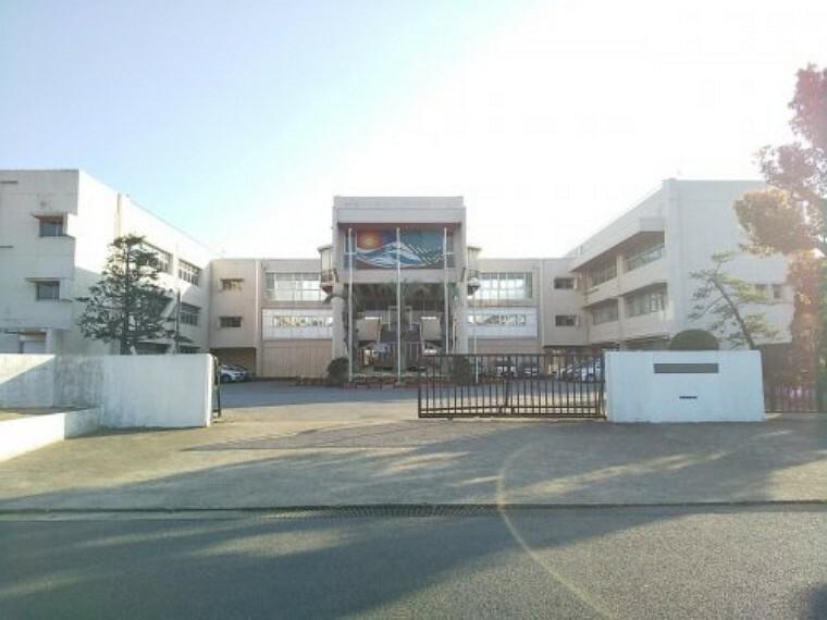 中学校 【中学校】九十九里町立 九十九里中学校まで3856m