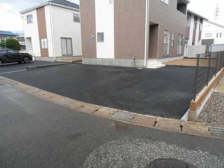 駐車場 2台可能(車種によって入らない場合があります)