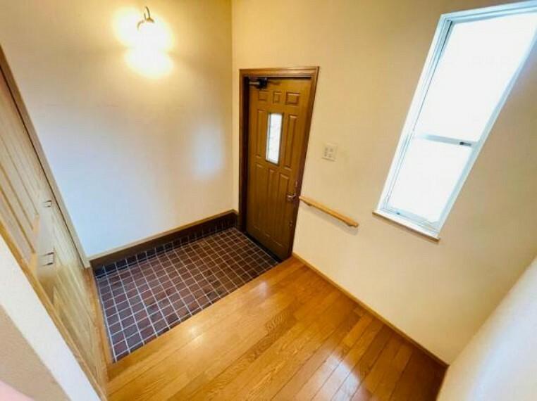 玄関 大型収納付き玄関
