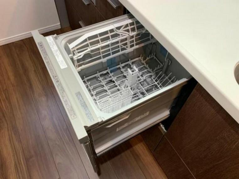 参考プラン完成予想図 \同仕様写真/洗い物の負担を軽減する食器洗浄乾燥機搭載