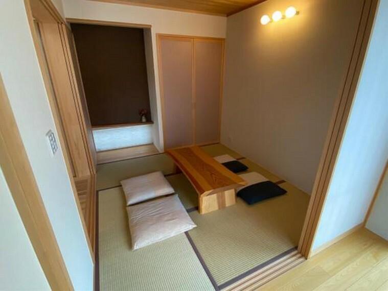 約5帖の和室です。和室が1部屋あると落ち着きますね。