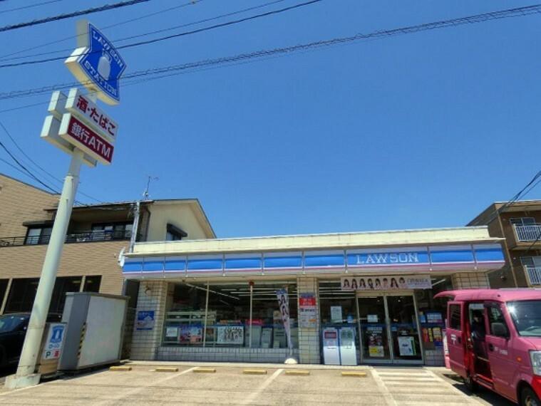 コンビニ ローソン 福島渡利店 徒歩32分(約2500m)