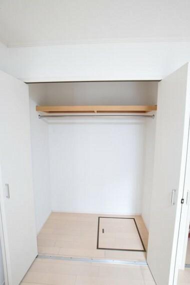 収納 1階洋室の収納写真です。