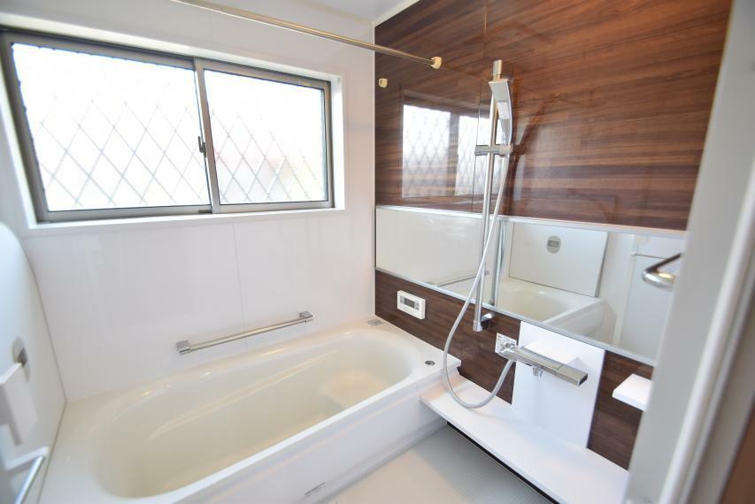 浴室 浴室暖房乾燥機付き