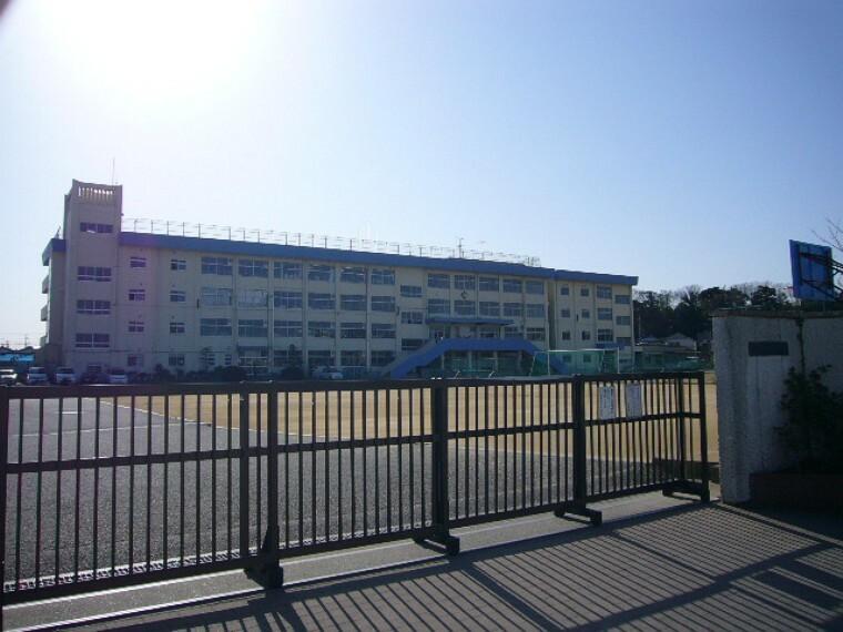 中学校 下貝塚中学校