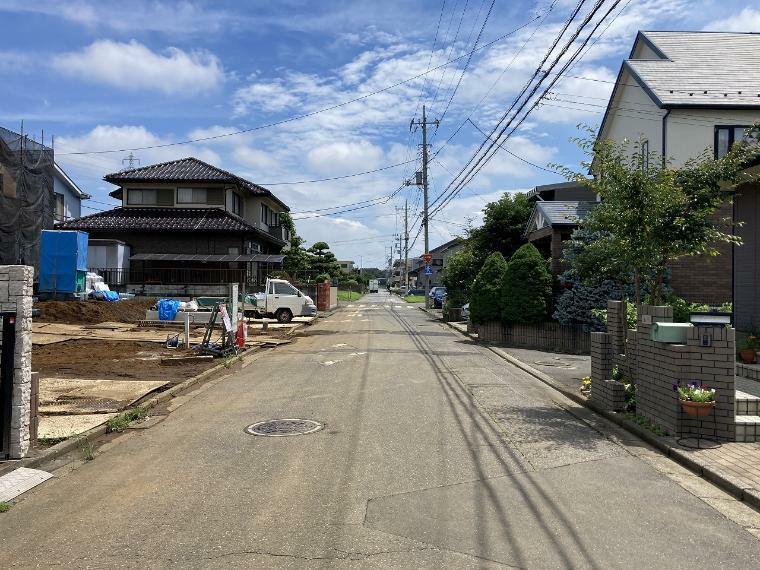 現況写真 【全面道路】南東側幅員約6.0m公道