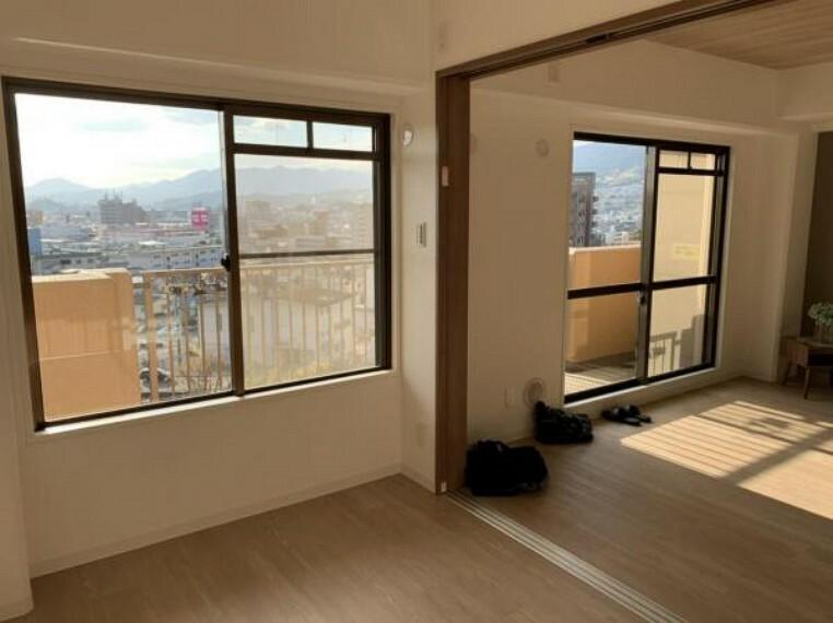居間・リビング ※写真は室内改装当時のものです。