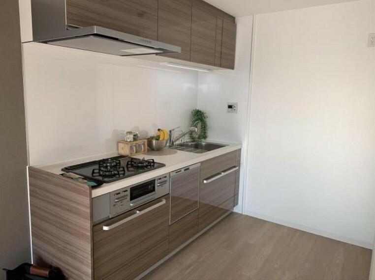 キッチン ※写真は室内改装当時のものです。
