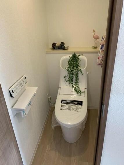 トイレ ※写真は室内改装当時のものです。