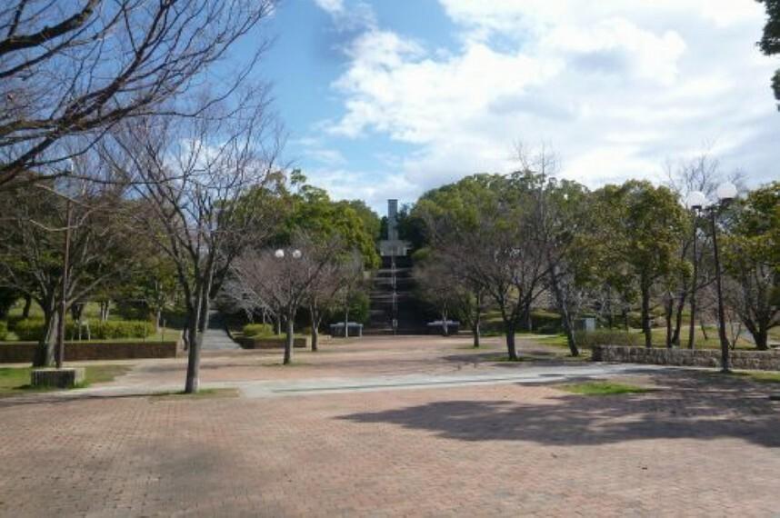 公園 【公園】黒鳥山公園まで960m