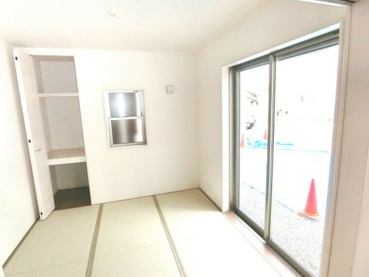 和室 LDKと続き間にしたりと贅沢な空間を多彩に楽しめる和室。
