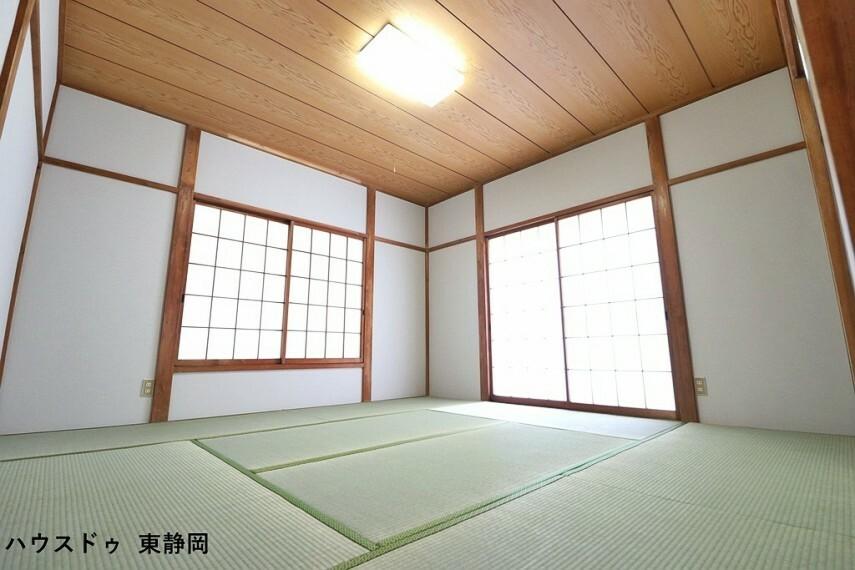 和室 8帖和室。やっぱり和室も必要ですよね。客間としても家事・育児スペースとしてもマルチにご使用していただけます。
