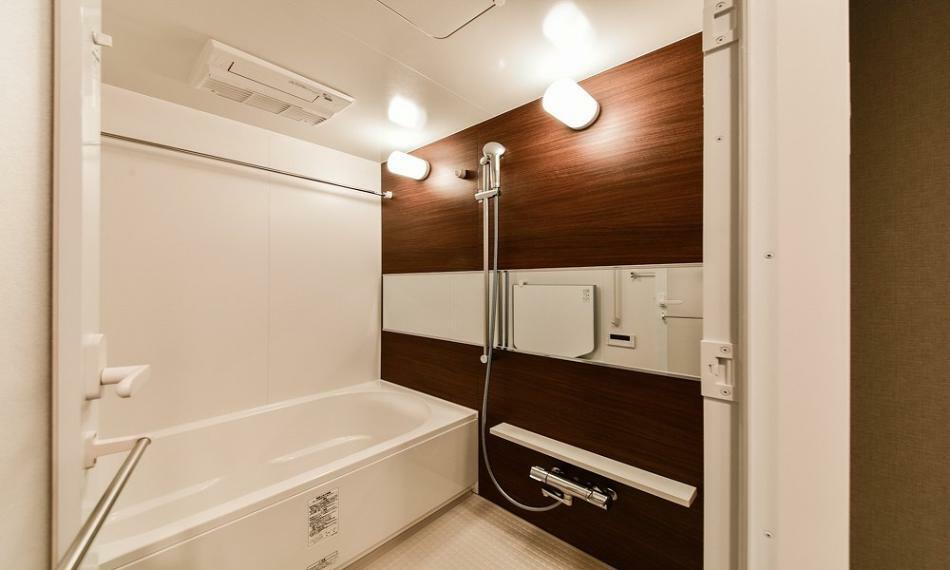 浴室 同形状・同仕様