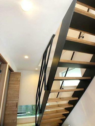 シースルー階段設置