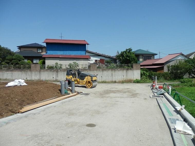 現況写真 南東の開発道路