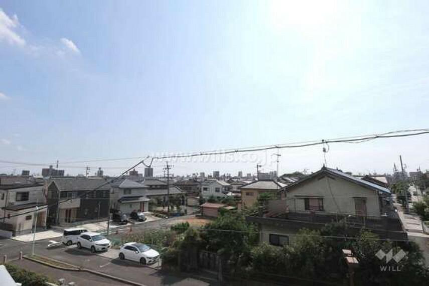 バルコニー 3階バルコニーからの眺め(南西方向)[2020年8月26日撮影]