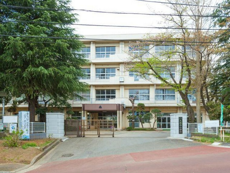 小学校 千葉市立大巌寺小学校 距離740m