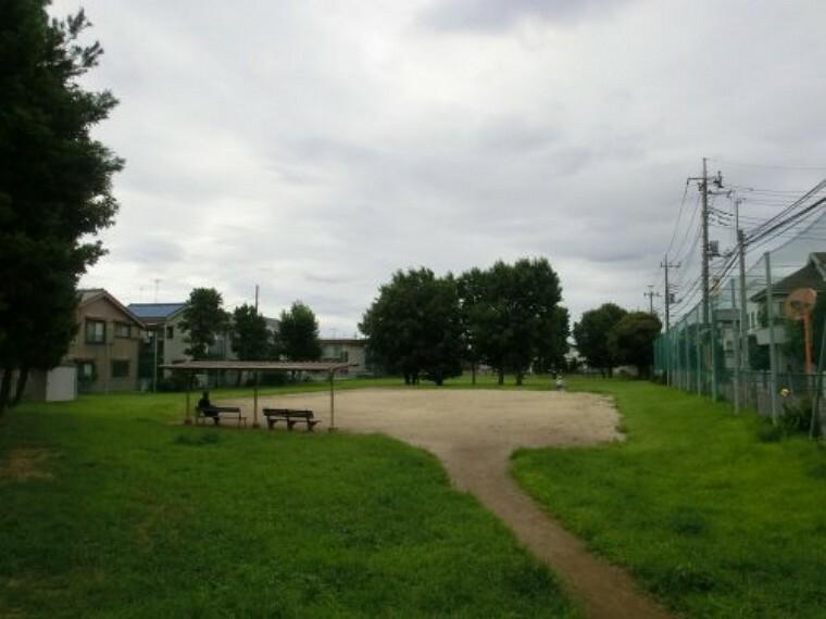 公園 【公園】三角公園(浅間上児童遊園)まで1017m