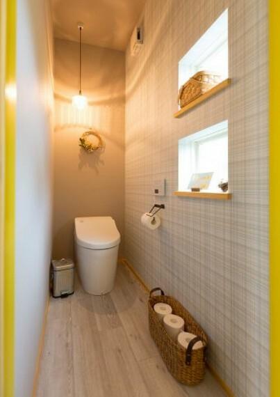 トイレ 照明効果もプラスでトイレもお洒落な空間に