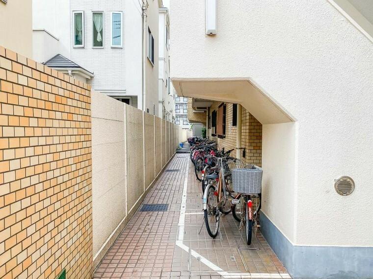 駐輪場 敷地内駐輪場完備。
