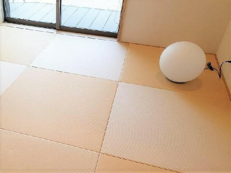 A号棟:和室(同仕様施工例)・・・6帖の和室は、琉球風畳になっていますので、お洒落ですよ!
