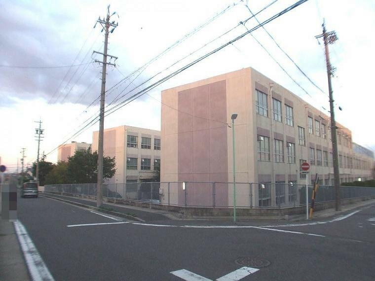 中学校 名古屋市立平針中学校1700m