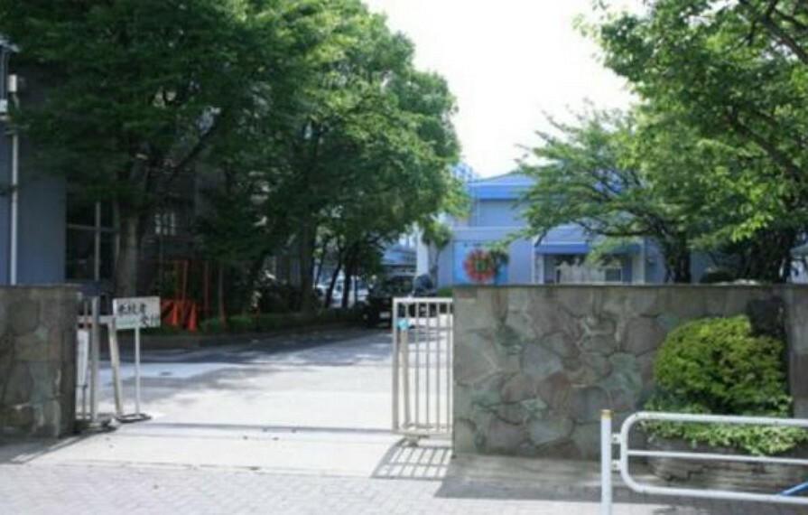 中学校 江戸川区立二之江中学校 850m