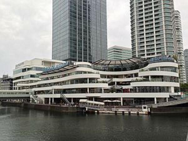 ショッピングセンター 横浜ベイクォーター