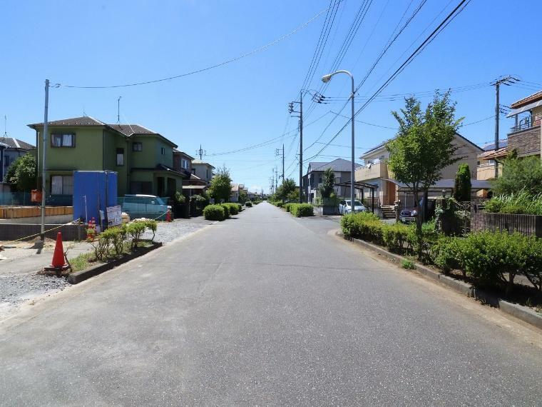 現況写真 【前面道路】北側幅員約12.0m公道