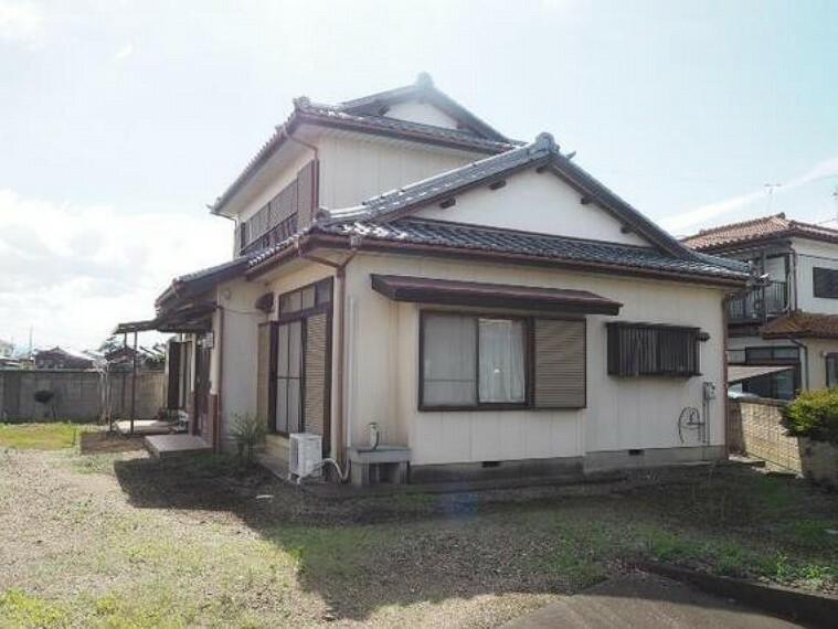 現況写真 伊勢崎市境 建築条件無し売地 現地土地写真です(古家有)。