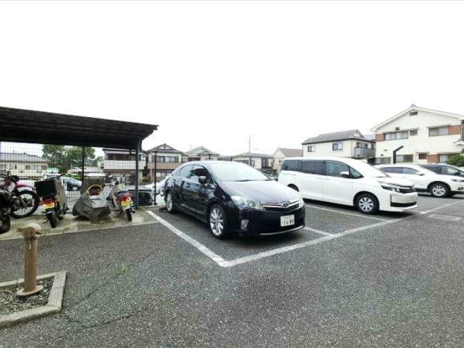 敷地内駐車場 敷地内駐車場