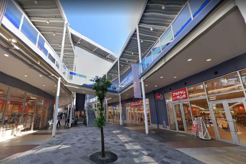 ショッピングセンター ワカバウォーク