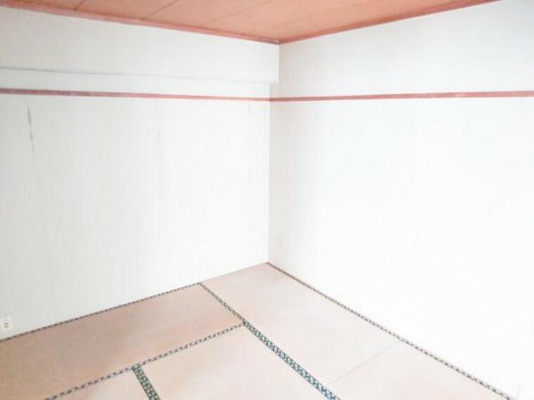 【リフォーム前】6畳二間続きの和室は、今から壁を作って仕切り個室します。もちろん、畳表替え・天井・壁クロスも張替えいたします。