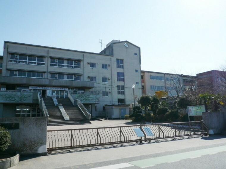 小学校 【小学校】越谷市立桜井南小学校まで1066m