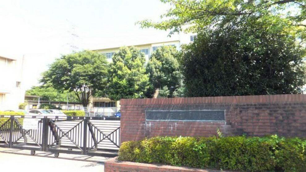 小学校 鶴ヶ島市立藤小学校