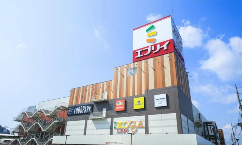 スーパー 100円ショップセリアOkanaka津高店
