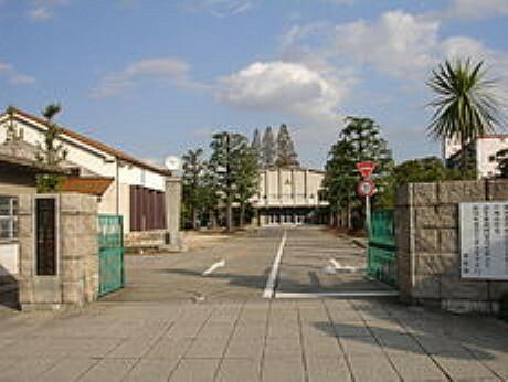 中学校 岡山県立岡山操山中学校