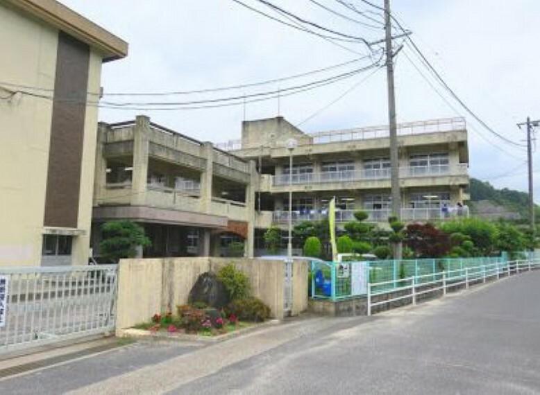 中学校 岡山市立香和中学校