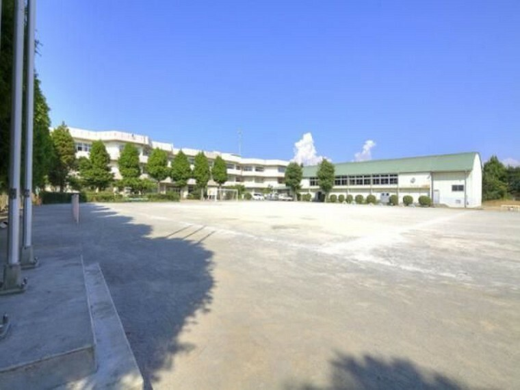 小学校 船橋市立法典東小学校 徒歩17分。