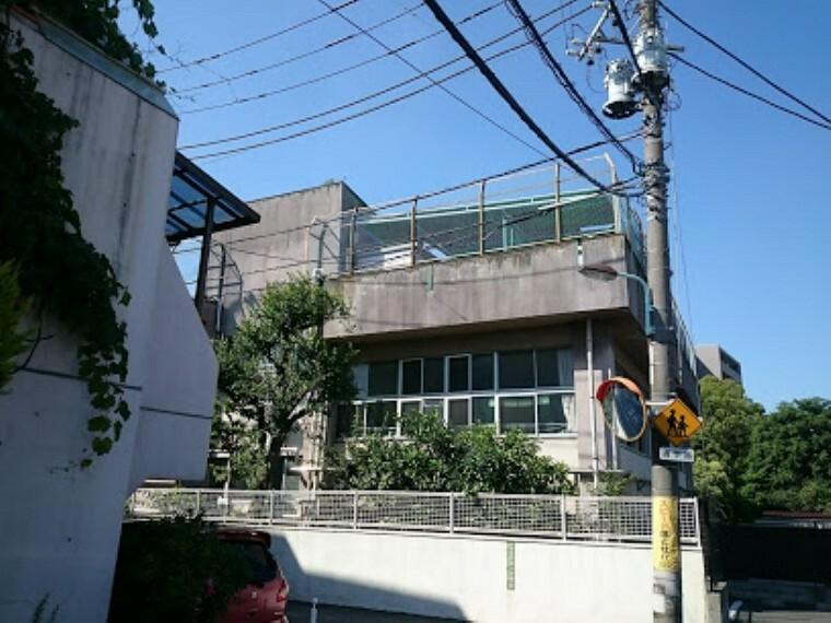 幼稚園・保育園 【幼稚園】文京区立 明化幼稚園まで890m