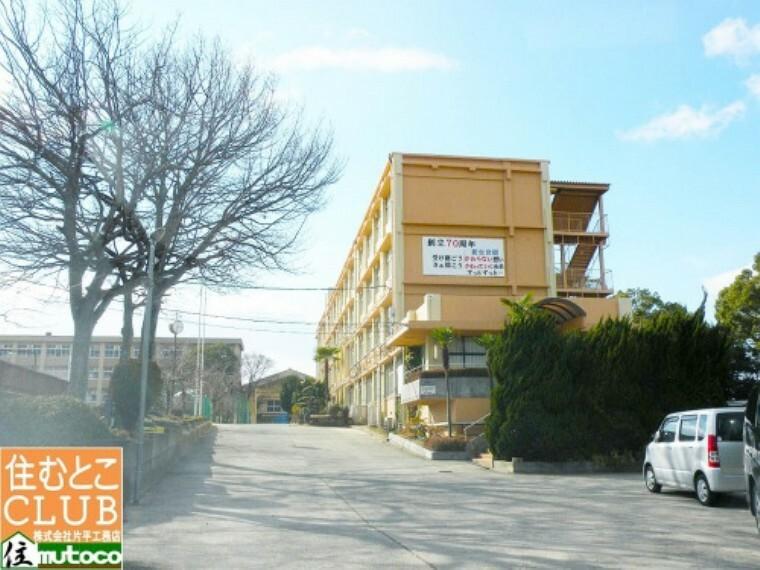 中学校 【中学校】岩岡中学校まで1669m