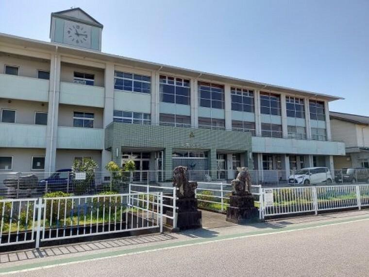 小学校 【小学校】長岡小学校まで787m