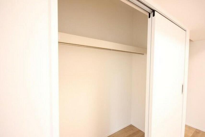収納 各部屋を最大限に広く使って頂ける様、全居住スペースに収納付。プライベートルームはゆったりと快適に。