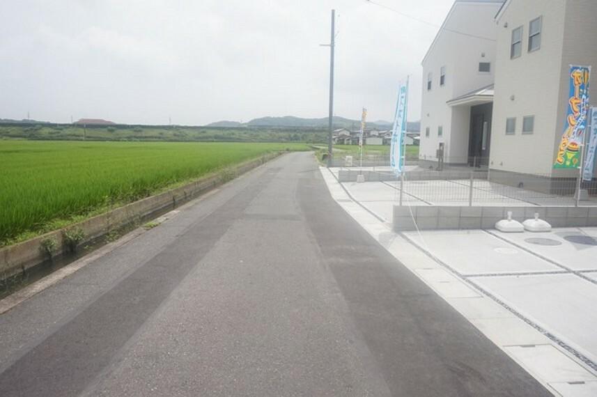 現況写真 前面道路(2021年9月)撮影