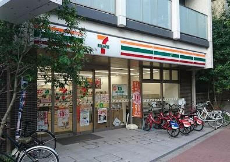 コンビニ 【コンビニエンスストア】セブン-イレブン 新宿下落合3丁目店まで612m