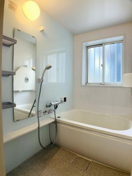 浴室 ユニットバス新品に交換済み