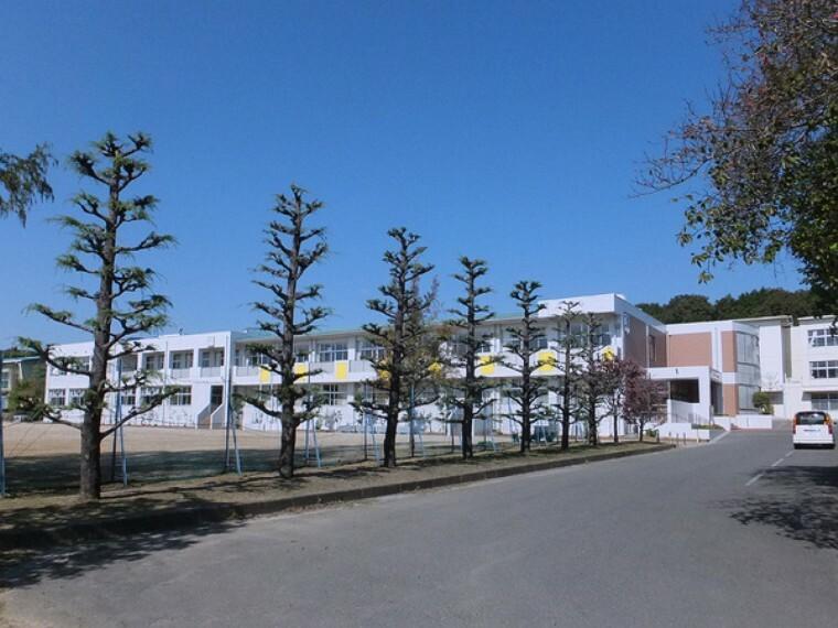 中学校 豊川市立一宮中学校